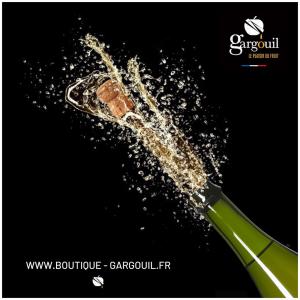 Une envie de fines bulles sans alcool pour le Nouvel An ? 🥳 Rendez-vous sur notre site internet et retrouvez toute notre gamme de jus pétillants sans alcool. #newyear#finesbulles#petillant#sansalcool#applejuice#instamoment#party#enjoylife#madeinfrance🇫🇷#frenchproduct
